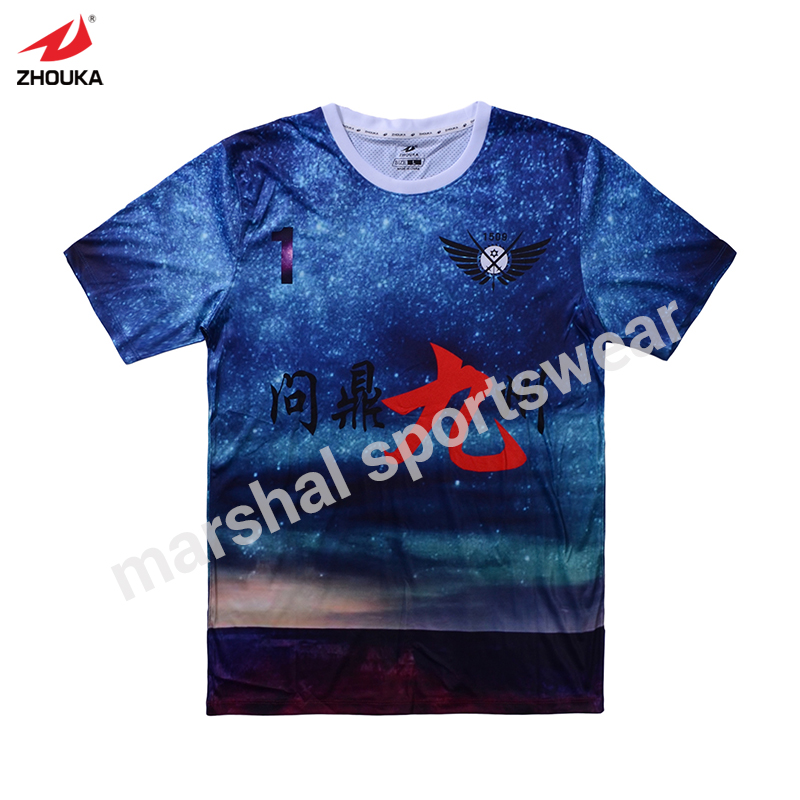 Livraison gratuite presse à chaud machine t-shirt créer uniforme de football en gros t-shirt blancs homme et enfants taille football chemise fabricant