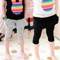 2015 venta caliente del verano del resorte pantalones harem niños niño de algodón de moda chica pantalones pantalones harén bebé 2-7 años de cinco pantalones y capris