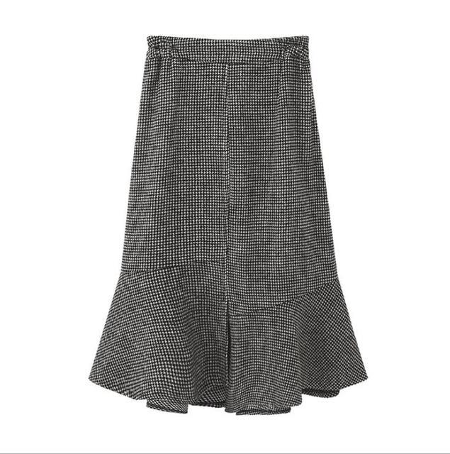 2019 autumn winter new plus size casual loose elastic waist plaid long ruffle skirt gray woman large size skirts 3XL 4XL 5XL 6XL 3
