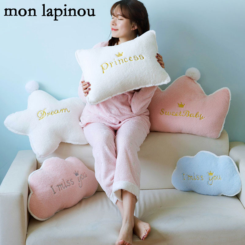 Plush Heart Crown Pillow Stuffed Soft Pink Princess Style Cushion Home Sofa Decor Throw Pillow Star Moon Clouds Shape Cushion lip pattern home decor throw pillow case