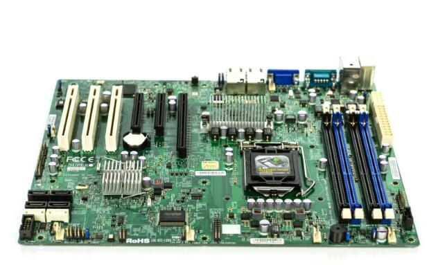 X9SCA X9SCA-F ATX DDR3 LGA1155 carte mère carte mère 1155 C204 support E3-1230v2 bien testé fonctionnant