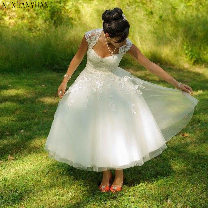 Short Wedding Dresses A Line White Tulle Vintage Sweetheart Wedding Gown Lace Tea Length Free Shipping Bridal Gowns 2020