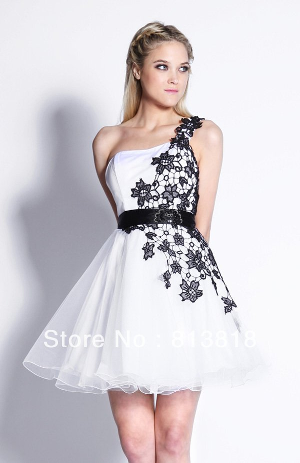 Actual Images Pretty One Shoulder White And Black Mini Sleeveless  Homecoming Dresses