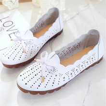 Mother's summer flat bottom beef tendon soft bottom wild middle-aged non-slip breathable hollow hole women's shoes summer hollow mother sandals flat bottom hole large size shoes women with soft bottom peas shoes non slip in the elderly
