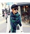 Nueva marca de moda de lujo unisex women & men Ejército verde a cuadros de Lana AMANTES de La Bufanda de Pashmina Borlas mantón de las Bufandas de invierno 135*175 cm