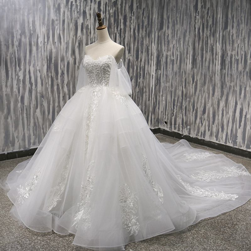 Lover Kiss Vestido De Noiva Fairy Tale Lace Off Shoulder Wedding Dress Long  Train Ball Wedding Gowns For Brides 2019 Trouwjurk-in Wedding Dresses from  ... 6b73537d7c65