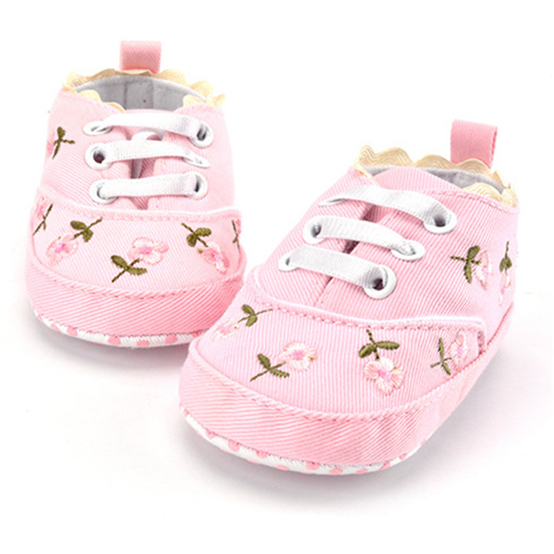 Baby Shoes Luxury Baby Girl Shoes White Lace Floral Embroidered Soft Shoes Prewalker Walking Toddler Kids Shoes Free Shipping in First Walkers from Mother Kids