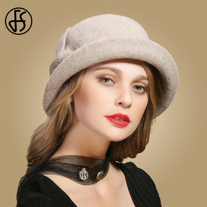 Aliexpress.com  Comprar FS invierno de lana negro sombreros para mujer ala  ancha Fedora Vintage sombreros de fieltro con piel flor señoras Cloche  Bowler ... 208106e53cc