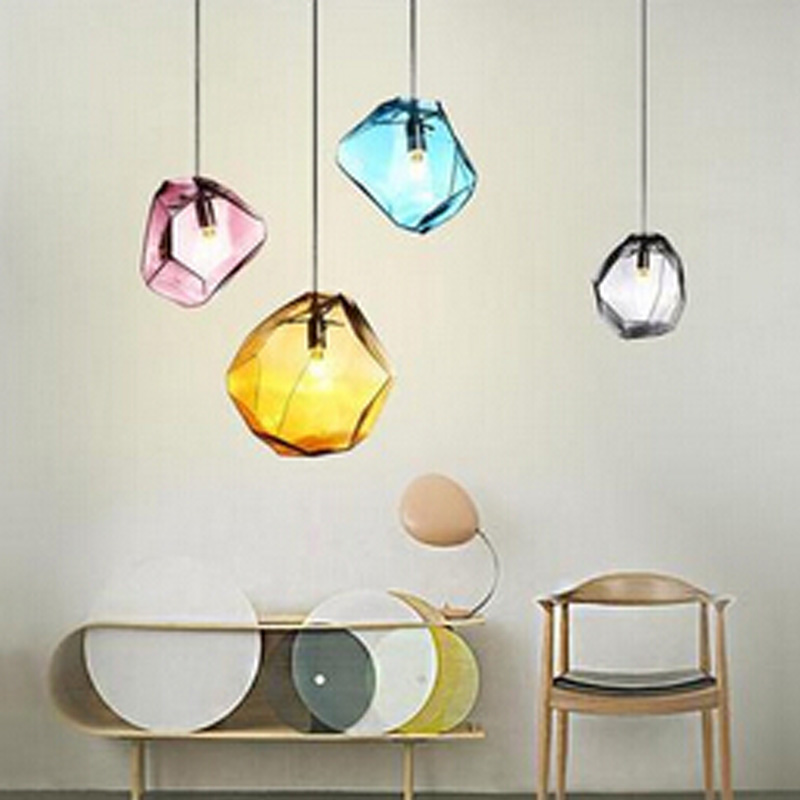 US $22.19 |Moderna semplice ristorante bar illuminazione negozio di  abbigliamento di colore creativo lampadario in vetro tre pietra personalità  ...