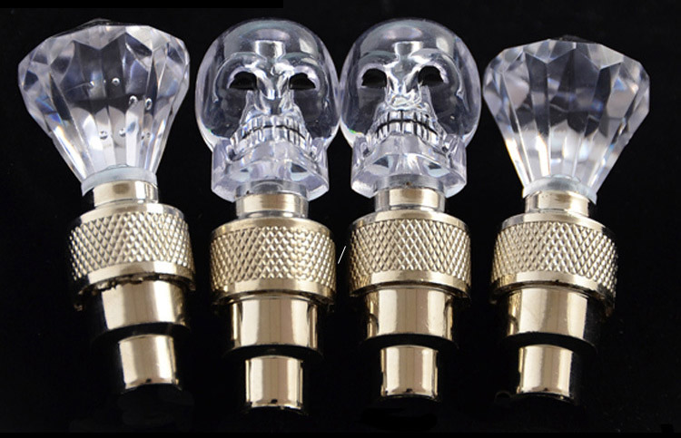 Colorful Diamond Skull Bicycle Valve Stem LED Motion Activated Light Safety Cycling Lamp Wheel Tire Valve Caps Fashion Accessory
