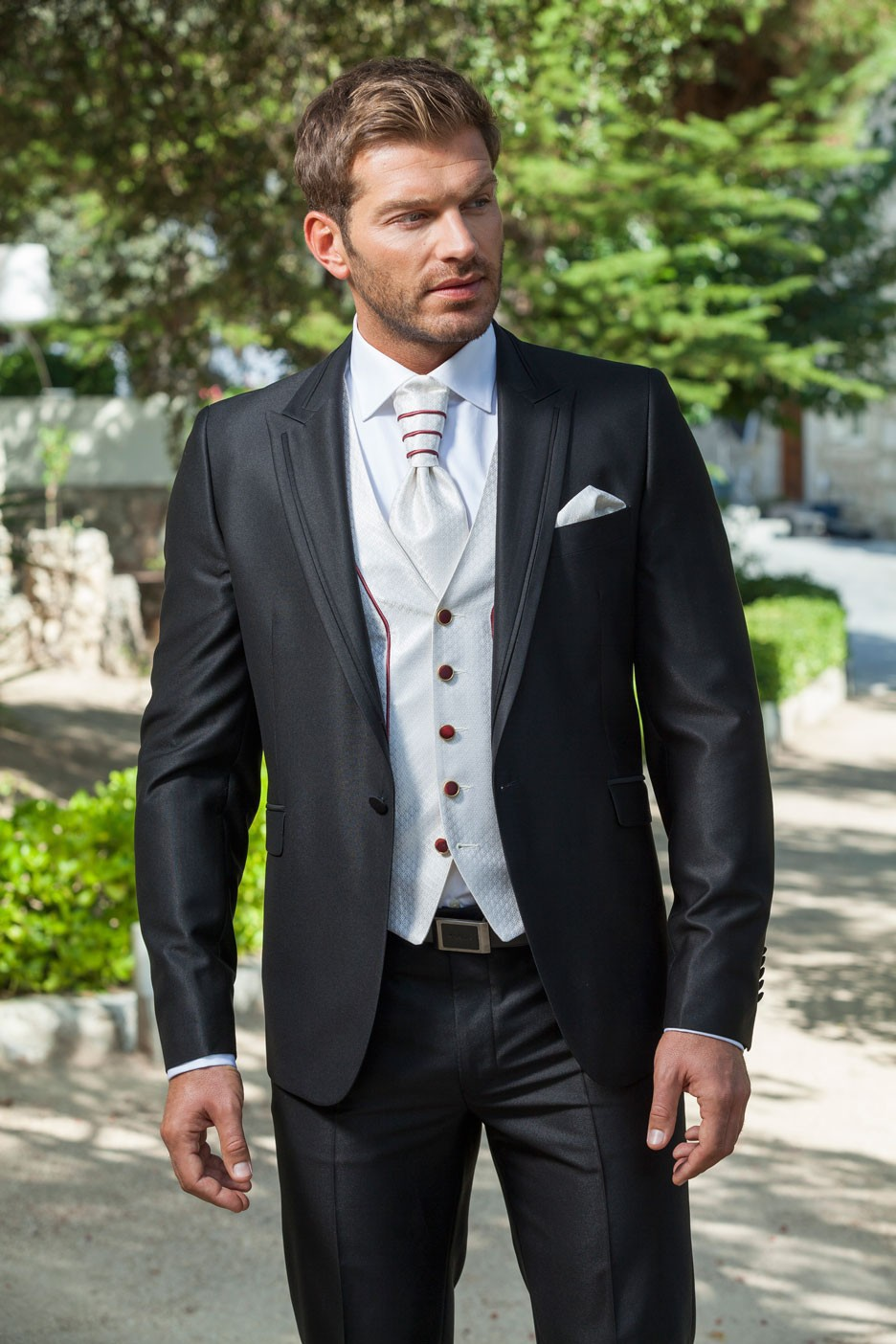 2017 Italian custom made Grey groom suits Black Lapel One button ...