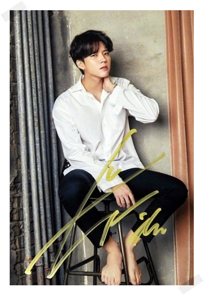 signed  INFINITE Nam WooHyun Woo Hyun autographed  photo K-POP 6 inches free shipping 102017 statue of liberty pattern plastic back case for iphone 5 deep blue white