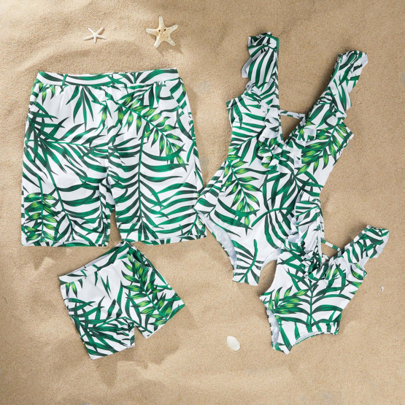 Family Swimwear Mommy And Me Green Leaf Swimsuit For Mom And Daughter Men Boy Shorts Matching Swimsuits