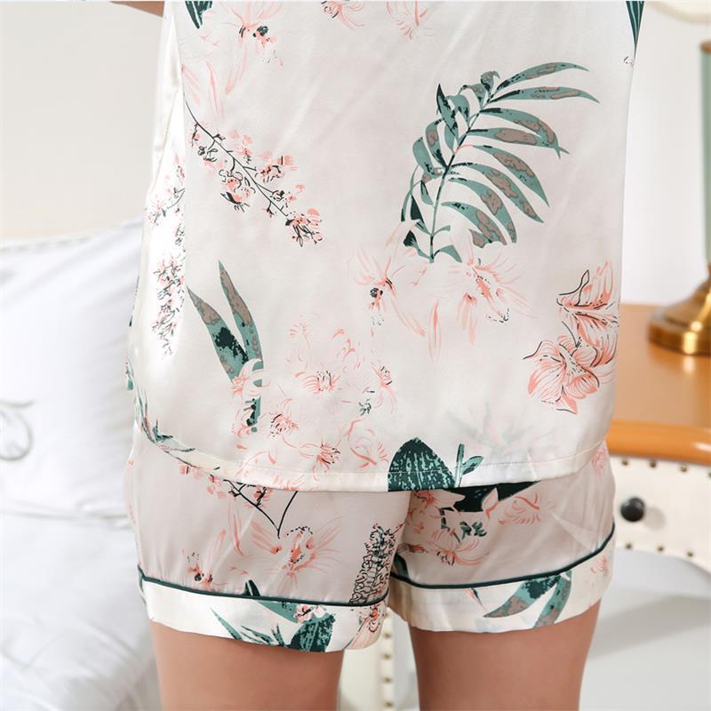 2019 Latest Real Silk Pajama Female 100 Silkworm Silk Sleepwear Summer Short Sleeve Woman Nightwear Two Piece Sets T8167 in Pajama Sets from Underwear Sleepwears