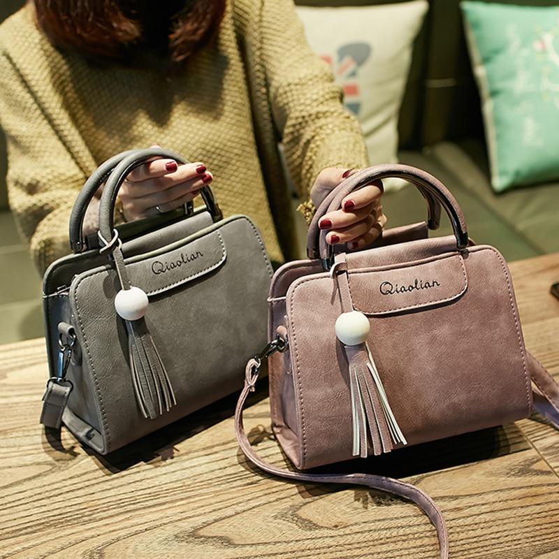 Free shipping, 2018 new women handbags, simple fashion flap, trend tassel woman messenger bag, Korean version shoulder bag.