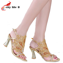 Sheepskin High-Heeled Shoes Summer 2016 Diamond Leather Sandals Women Pumps Rhinestone Buckle Design Plus Size 44 Peacock Color