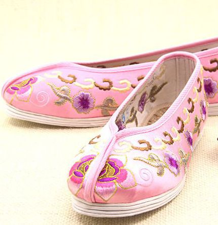 Chinese style embroidery flat heel shoes for women PR1822 super good quality comfortable and soft female women's flats shoes vera mont платье