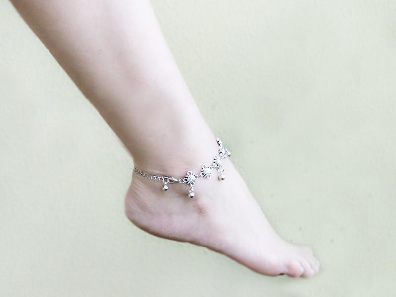 2Pcs Bohemian Boho Turkish Silver Antalya Flower Ball tassel Anklet Bracelet Gypsy Foot Sandal Beach Ankle Chain