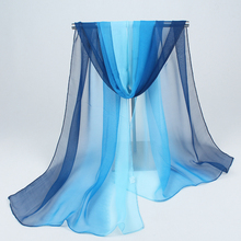 hijab 2018 women scarves fashion and colorful joker pure color chiffon new sunscreen scarf beach towel gradients wholesale FZ032