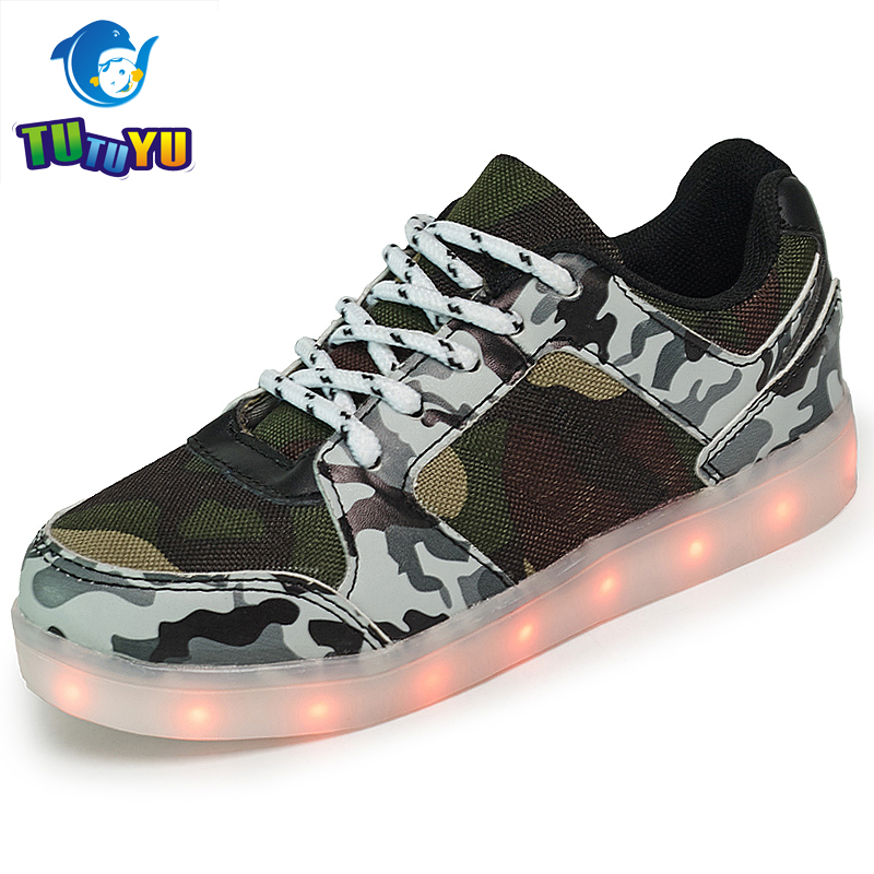TUTUYU Children Camo Glowing Sneakers Girls Boy Shoes Luminous Kids Sneakers Luminous Army LED lights Shoes 3 Colors 1608 glowing sneakers usb charging shoes lights up colorful led kids luminous sneakers glowing sneakers black led shoes for boys