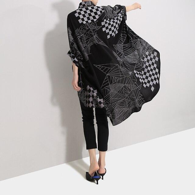 2019 Korean Women Summer Casual Black Tops Hipster Blouse Shirt Plus Size Batwings Sleeve Lines Print Feminine Shirt Blusas 4939 5