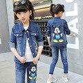 2016 Novo Conjunto de Roupas Padrão Mickey Baby Girl Jean Garoto jaqueta Casaco + Calça Jeans Denim de Alta Qualidade Crianças Roupas de Outono terno