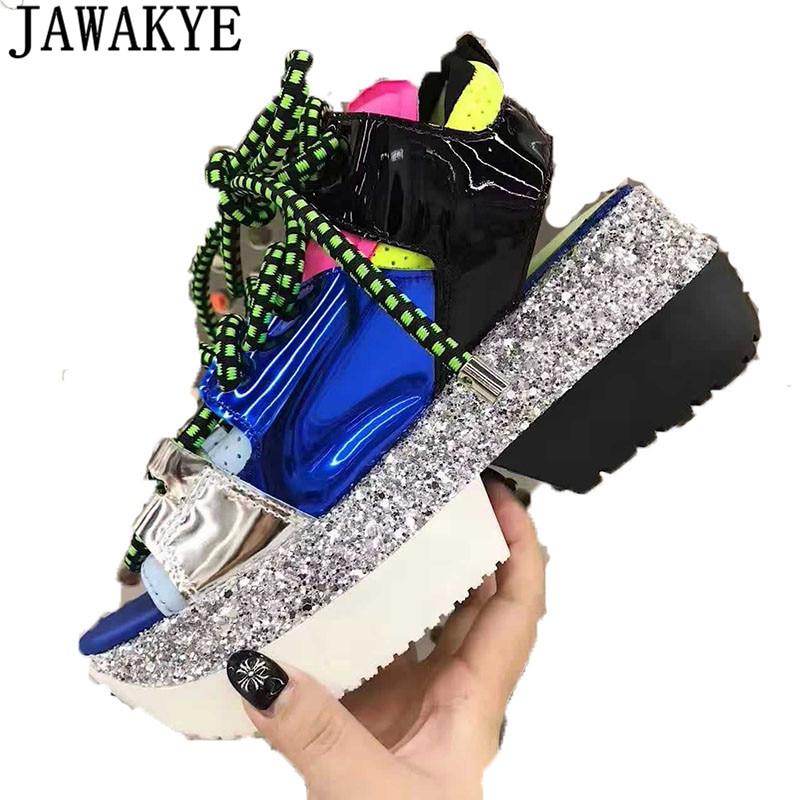 Bling bling paillettes brevet laether sneakers Femmes casual Chaussures Femmes plate-forme wedge talon peep toe nouveau printemps D'été sandales