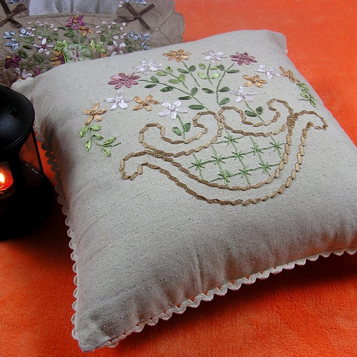 Free shipping linen ribbon embroidery stereo pillow