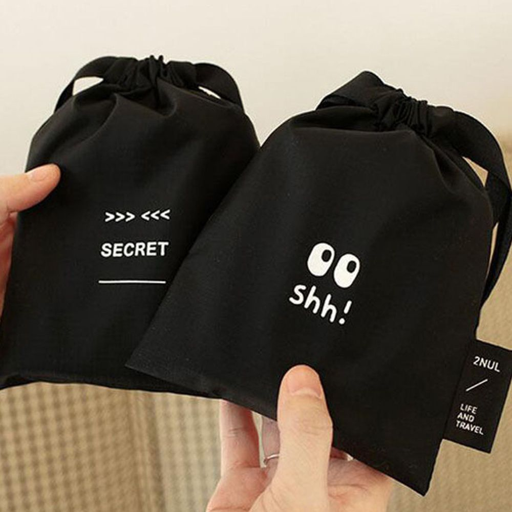 2020 New Cute Nylon Sanitary Napkin Bag Portable Drawstring Black Storage Bag Cosmetic Makeup Case Jewelry Pouch Organizer