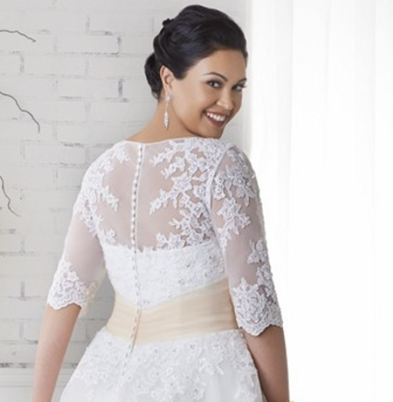 Tea Length Plus Size Wedding Dress With Half Sleeves Appliques Lace Women  Bridal Gown Women Plus Size Wedding Dresses