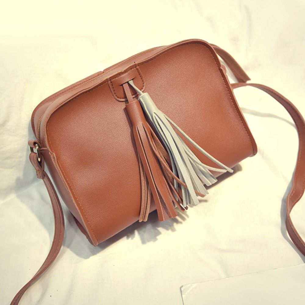 Women Small Brown Bag Tassel Messenger Bags Women PU Leather Handbags Vintage Shoulder Crossbody Bags Laides Clutch Purse
