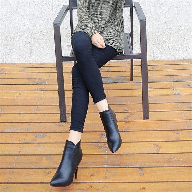 Corta Superior Del Damet Toe Botas Black Señaló Atractivos Cuero Delgado  Martin Zapatos Bota Damas Invierno ... fcbe5f0bcf4f