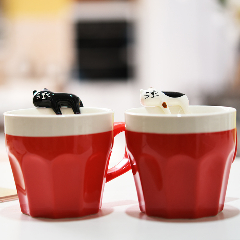 300ml <font><b>Ceramic</b></font> <font><b>black</b></font>&<font><b>white</b></font> <font><b>Cat</b></font> Novelty Mugs couple cups Coffee Cups with <font><b>Cute</b></font> Cartoon 3D Animals for Wedding birthday