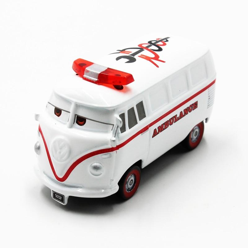 Disney Pixar Cars 100% Original Cartoon Movie Fillmore Ambulan Diecast Metal Toy Car For