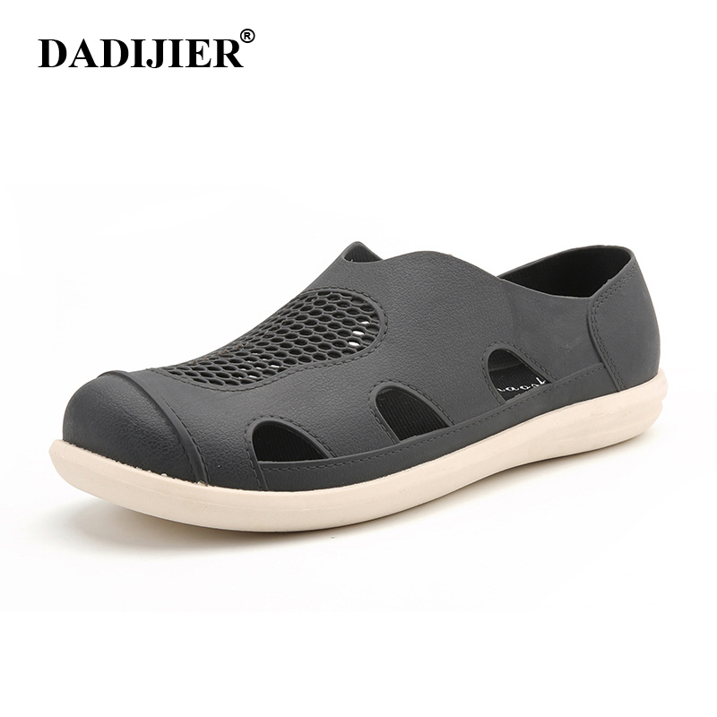DADIJIER 2018 Men's Sandals Summer Cool Fashion Man Casual High quality Soft Beach Shoes Flat Axoid hole nest sandals ST273