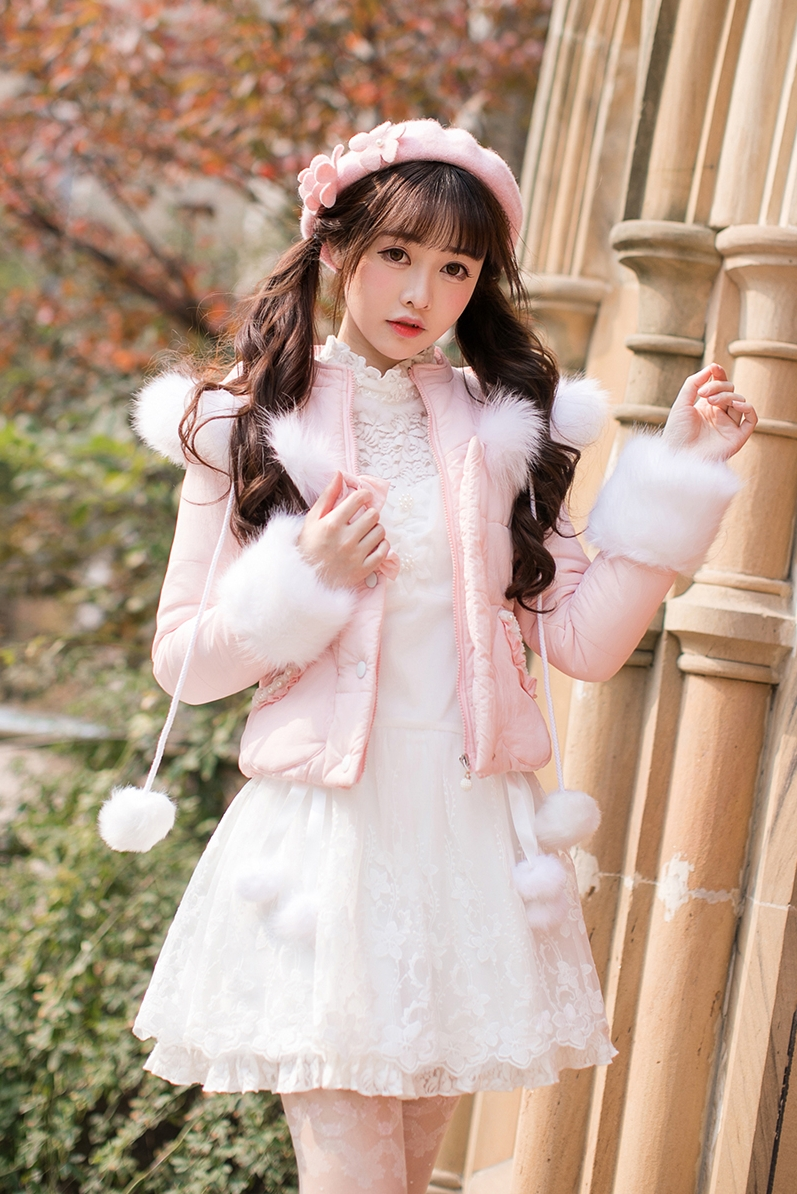 Princess sweet lolita parkas Candy rain a short section of small cotton padded winter sweet long sleeved cotton tide C22CD7260