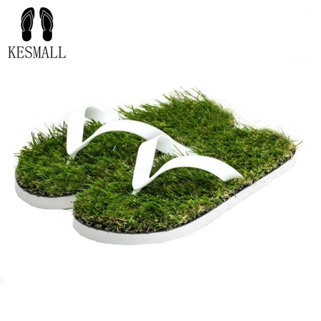 Amantes Imitação De KESMALL Grama Da Praia do Verão Chinelos Homens Flip Flops Sandálias Chinelo Sandalias Mujer WS426 Plana Sapato Ao Ar Livre