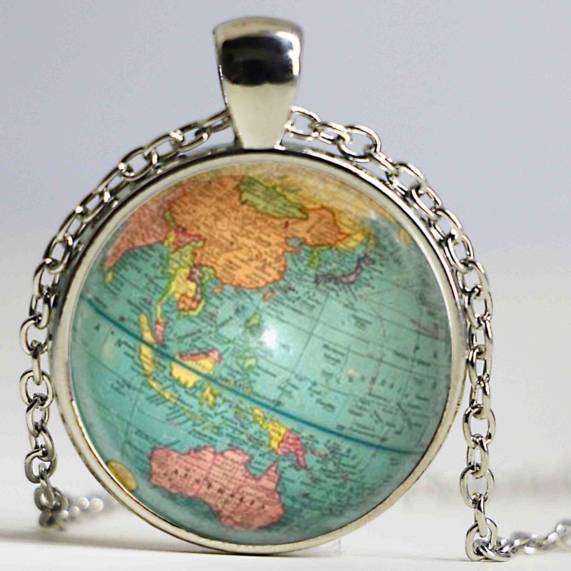 Hot glass dome jewelry Vintage Globe Necklace Planet Earth World Map Necklace Art Glass dome pendant necklace