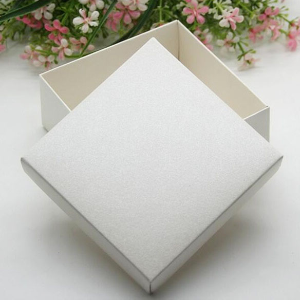 656538 cm White Gift Boxes Wedding Favor Candy Box Jewelry Box