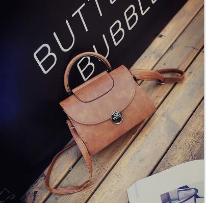 Female bag restoring ancient ways the new handbag Women single shoulder inclined shoulder bag joker finalize the small package the new spring and summer 2016 spin lock tide restoring ancient ways contracted one shoulder hand his small bag free postage