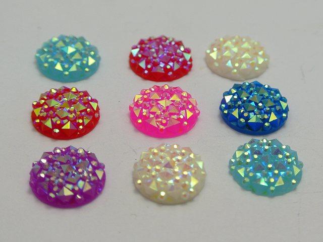 100 Mixte couleur Flatback Resin Round Cabochon Gem Pyramide Pointillée strass 12 mm