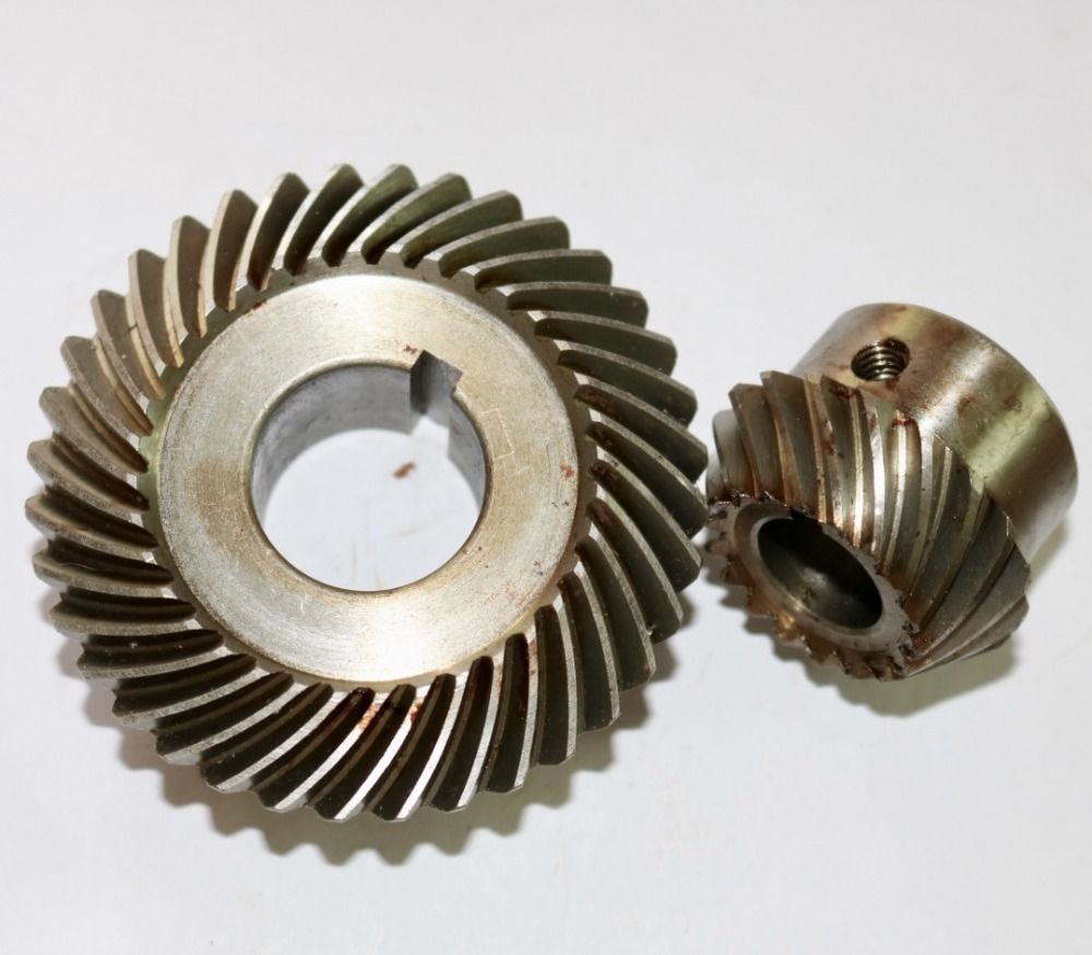 60pcs/lot Milling machine C77+96 Bevel Gear Spiral Bevel gear(18T+36T) Outer diameter:40mm+73mm 60pcs/lot Milling machine C77+96 Bevel Gear Spiral Bevel gear(18T+36T) Outer diameter:40mm+73mm