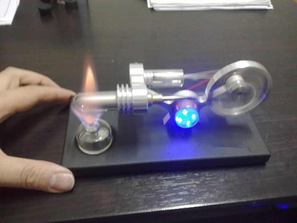 Hot Air Moteur Stirling Éducation Toy Electricity Power Générateur Bleu LED Fd05M