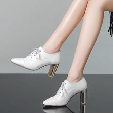 YMECHIC 2018 cuero verdadero de la vaca Lace Up Square Toe bloque de  cristal tacones altos Oficina vestido blanco Zapatos mujer . e16135f0eab7