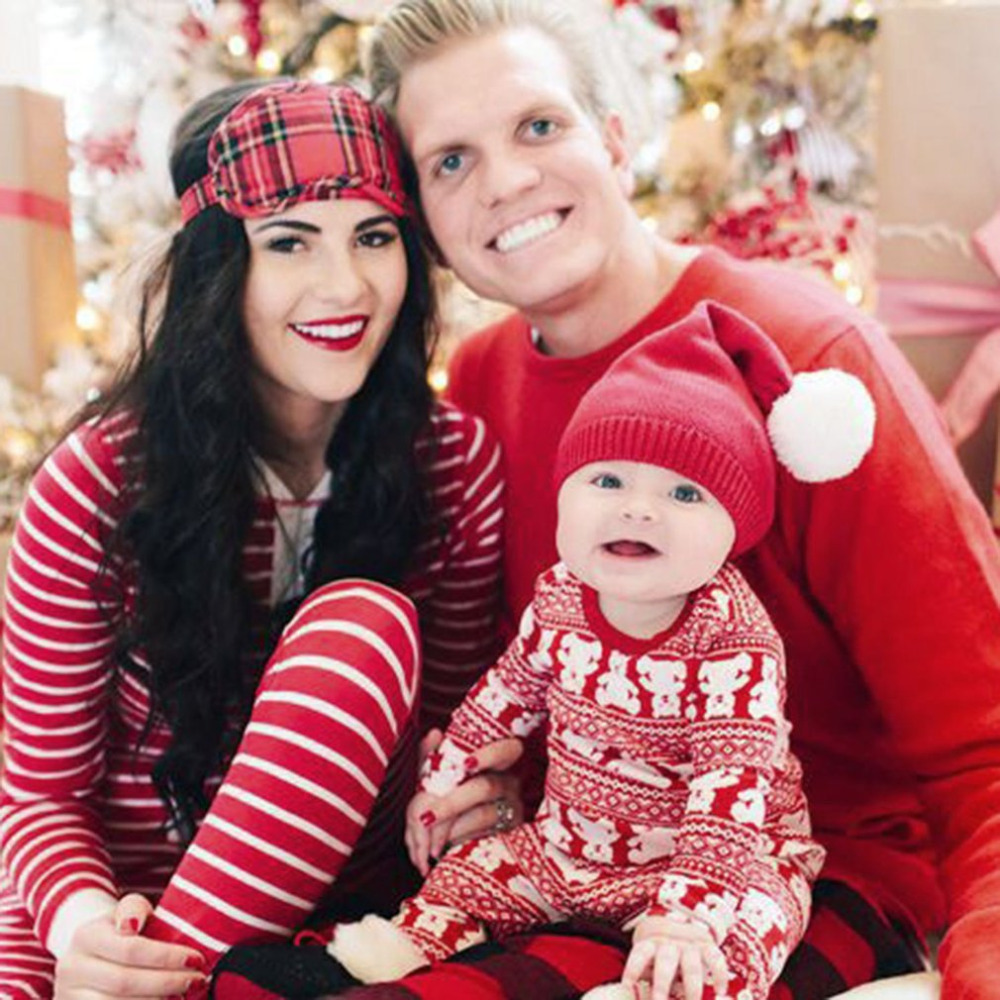 Christmas Family Pajamas Suit Parent-child Outfit Warm Autumn Winter Sleepwear Set Mother Father Daughter Son Home Clothes 2017