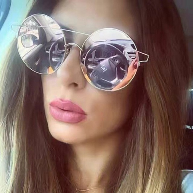 Fashion Sunglasses Women Luxury Brand Designer Vintage Female Rivet Shades Big Frame Style Eyewear 60*61mLens