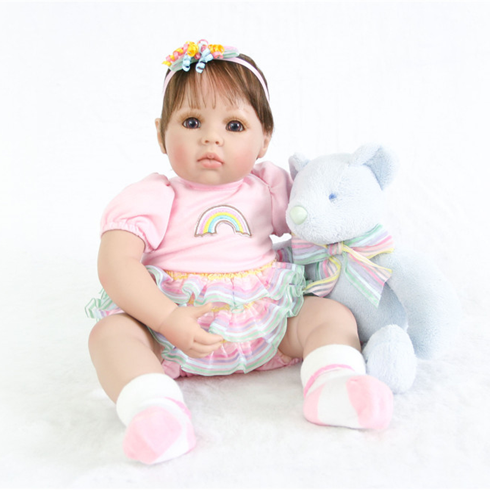 2018 newest 56cm Silicone baby reborn dolls for girls best Christmas gift adora doll boneca Juguetes menina with bear plush doll2018 newest 56cm Silicone baby reborn dolls for girls best Christmas gift adora doll boneca Juguetes menina with bear plush doll