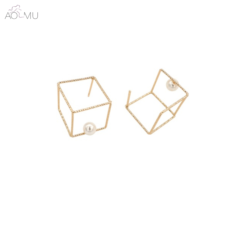Aomu 2017 Punk Fashion Design Simple Letter D Flower Black Plated Alloy Stick Piercing Stud Earring For Women Girl Gift Jewelry Earrings