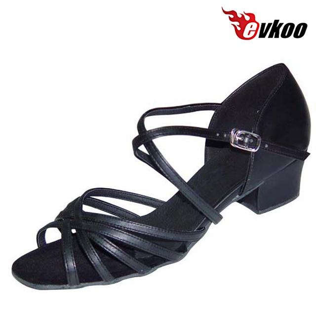 49bf91d2ac7cd Evkoodance Satin Ou Pu 3 cm Faible Talon Latine Filles Salsa Chaussures De Danse  Confortable En