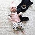 2017 roupas bebé novo conjunto de roupas de bebê recém-nascidos bonito dots manga comprida moda t-shirt + calças + cap infantil de roupas 3 pcs terno